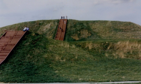 2000 03 00 Cahokia Mounds 677