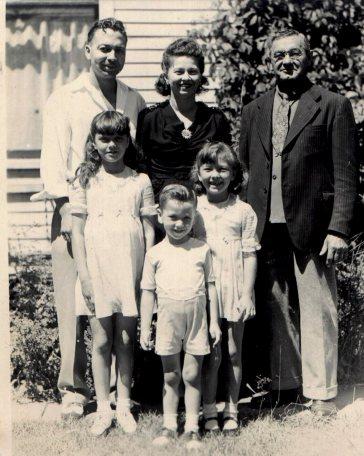 1946 08, Catob,  John,Cliff  Gertrude fam