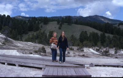 1972 Yellowstone 4 Donna,Deb Hot Springs