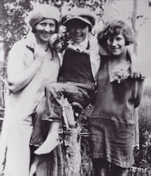 Heinz, Mary Louise, Girls