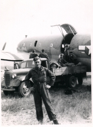Les with truck,plane
